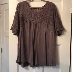 Suzanne Betro lace top t-shirt 4x gray